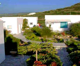 hotels in Pollonia, Milos