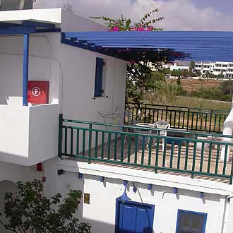 hotels in Livadakia, Serifos