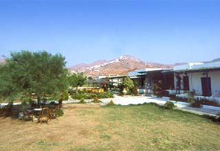 hotels in Livadi, Serifos