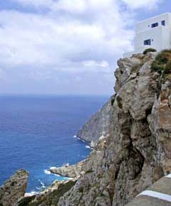 Impressive view over the cliffs of Folegandros